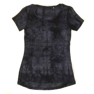 Tahari dark blue / black tie dye tee shirt top